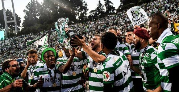 """""""Sporting"""" triumfavo baudinių serijoje ir į viršų iškėlė Portugalijos taurę"""
