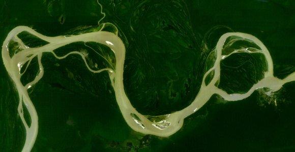 Kodėl antroje pagal ilgį upėje pasaulyje nėra tiltų