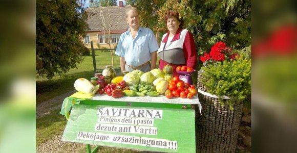 Kėdainių krašto ūkininkų išradingumas: savitarnos punktas pakelėje ir pasitikėjimas pirkėjų sąžine