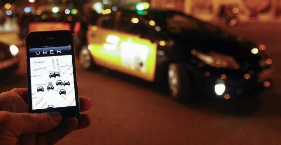 """""""Uber"""" pristato naujas saugumo priemones vairuotojams ir keleiviams"""