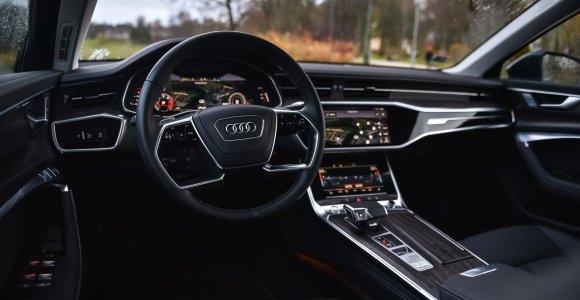 """Panevėžyje dingęs """"Audi"""" greitai atsirado: sulaikyti du jauni vyrai"""
