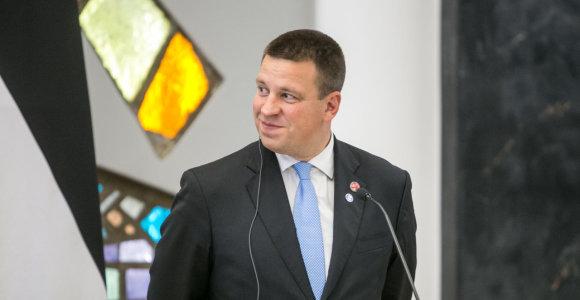 Estijos parlamentas nepalaikė opozicijos iniciatyvos dėl interpeliacijos premjerui