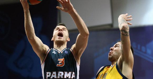 """A.Juškevičius ir vėl perkopė 30 taškų ribą, tačiau """"Parma"""" skaudžiai krito"""