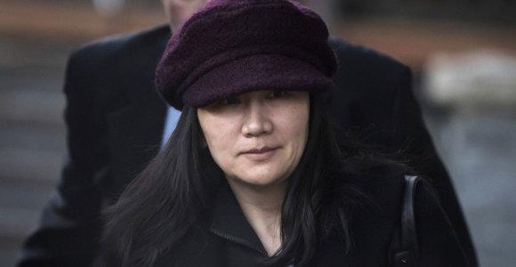 """""""Huawei"""" pateikė skundą dėl finansų direktorės ekstradicijos iš Kanados į JAV"""