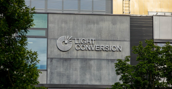 """""""Light Conversion"""" Vilniuje planuoja plėtrą, įdarbins dar 200 žmonių"""