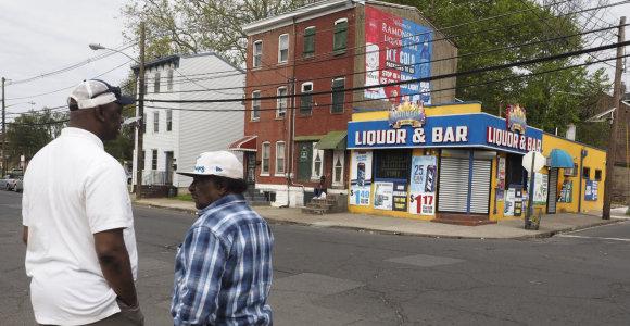 Naujajame Džersyje per šaudymą bare sužeista 10 žmonių