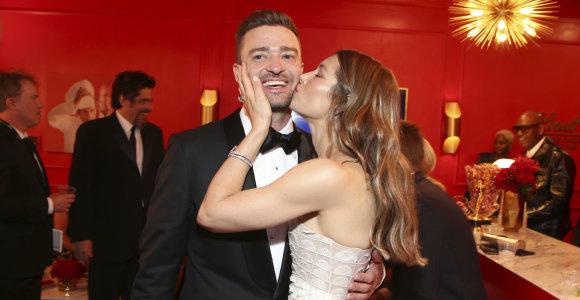 Dainininkas Justinas Timberlake'as su sutuoktine aktore Jessica Biel
