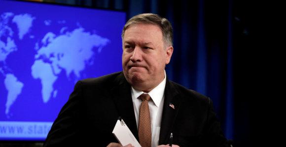 JAVpažadėjo toliau spausti Venesuelą ir paskelbė sankcijas penkiems pareigūnams