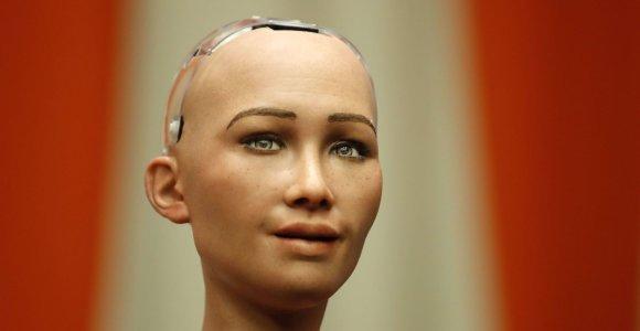 5 žymiausi dirbtinio intelekto robotai pasaulyje