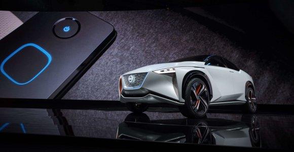 """""""Nissan"""" elektrinis krosoveris – išmanus, savavaldis ir nuvažiuojantis 600 km"""