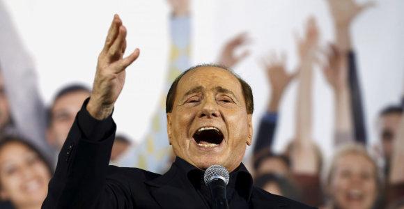 Buvęs Italijos premjeras S.Berlusconi sako, kad dalyvaus Europos Parlamento rinkimuose