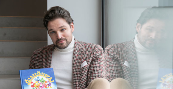 Buvęs modelis Ernas iliustravo savo knygą vaikams: pieštukų pasaulis man – kaip kitiems kvepalų ar mašinų