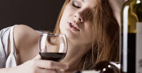 """Mokslininkė apie alkoholio poveikį ir pasiūlą: """"Turbūt taip norima užsiauginti naują alkoholikų kartą"""""""