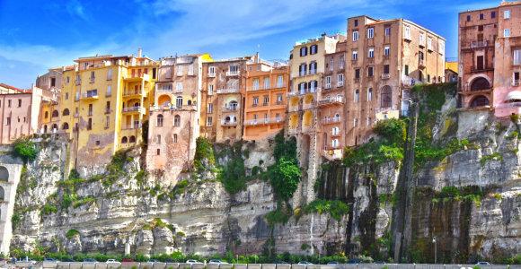 Miestelis dievams: ant skardžio pastatyta Tropėja