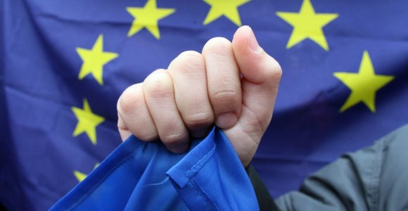 ES siūlo lengvinti prieigą prie elektroninių įrodymų
