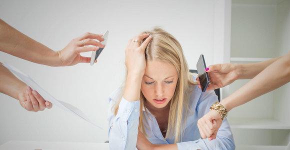 Darbdavių požiūris į sergantį darbuotoją keičiasi: kokie simptomai garantuoja laisvadienį