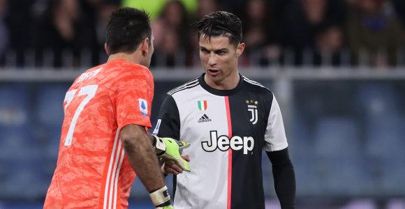 Italai nepalūžta: sieks tirti žaidėjus ir užbaigti futbolo čempionatą