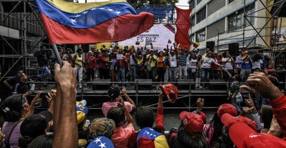 Žuvusiųjų per protestus Venesueloje skaičius jau pasiekė 100, sako prokurorai