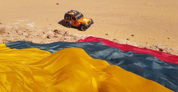 Rekordinę trispalvę į Dakaro ralį nuvežę lietuviai sukūrė įspūdžių filmą