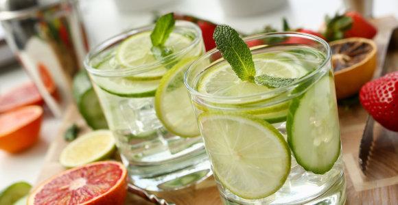 Tarptautinę kokteilių dieną – 3 gaivių nealkoholinių gėrimų receptai