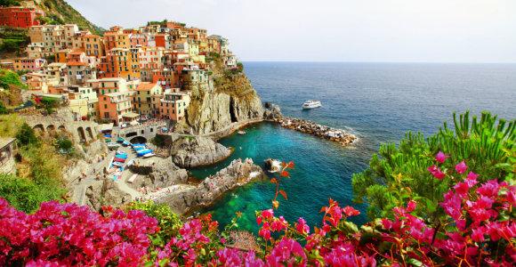 Kodėl pakrančių miesteliai tokie spalvingi