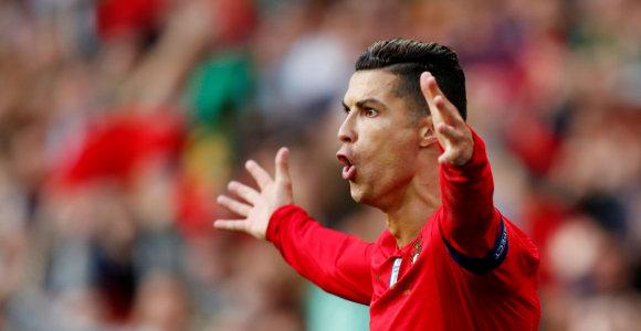 Nutekėjo Cristiano Ronaldo naujo milžiniško kontrakto detalės
