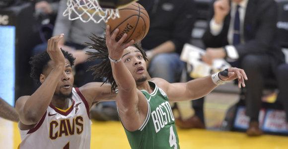 Karštas NBA naujokas: pataikė aštuonis tritaškius per penkias minutes