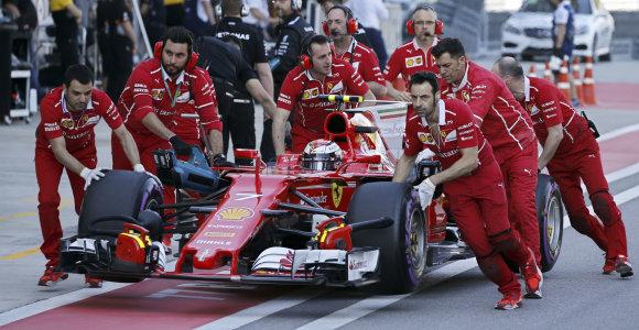 Sočyje iš pirmosios pozicijos startuos Sebastianas Vettelis