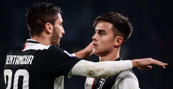"""Vėlyvą įvartį įmušęs """"Juventus"""" palaužė Milano klubą"""