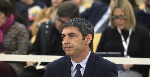 Prieš teismą stojo maištu kaltinamas buvęs Katalonijos policijos vadas