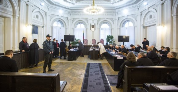 Sausio 13-osios byloje – dar du kaltinamieji, septynių atžvilgiu tyrimas sustabdytas