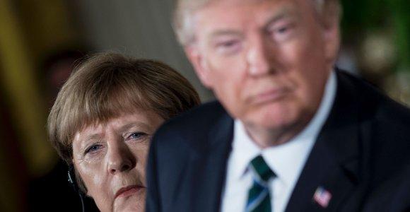 Vokietijos kanclerė kritikuoja D.Trumpo komentarus apie JAV Kongreso nares