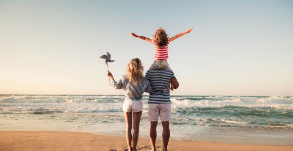 Besimokantys tėvai už vaiko priežiūrą išmokas gaus 2 metus