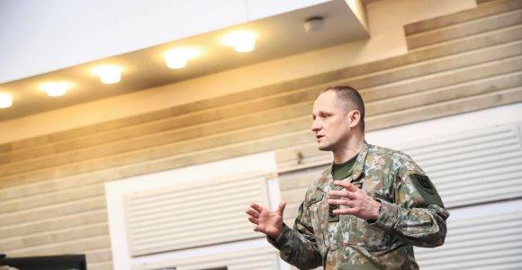 Seržantas majoras R.Katinas: jei ateis karys, nemokėdamas himno, mes ne tik išmokysime jo žodžių, bet ir paaiškinsime svarbą
