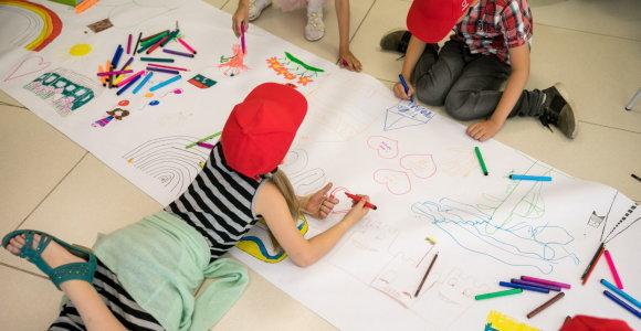 Papildomą balą menininkų vaikams skyrusi gimnazija elgėsi diskriminuojančiai