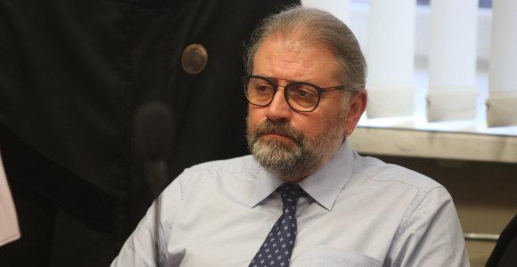 Teismas leido Panevėžio merui R.M.Račkauskui grįžti į darbą