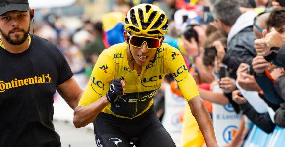 """Naujasis """"Tour de France"""" karalius: 22-jų kolumbietis, į kalnus skriejęs neregėtu greičiu"""