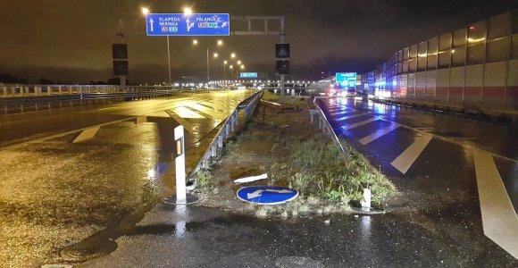 Klaipėdoje pavojingas vairuotojo manevras baigėsi mirtimi