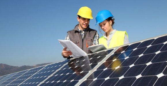 Saulės elektrinės savininkė skaičiuoja, kad šaltuoju sezonu sutaupys apie 45 eurus per mėnesį