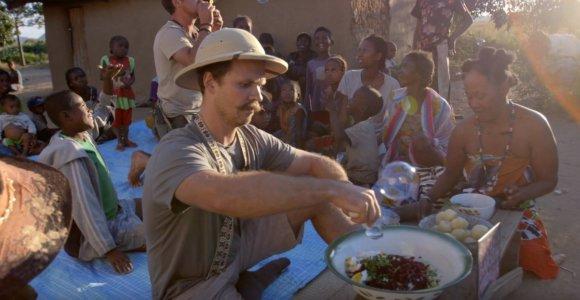 Leo ir Bružas Madagaskare nėrė į apeigas: viskas pakvipo vieno iš jų vestuvėmis