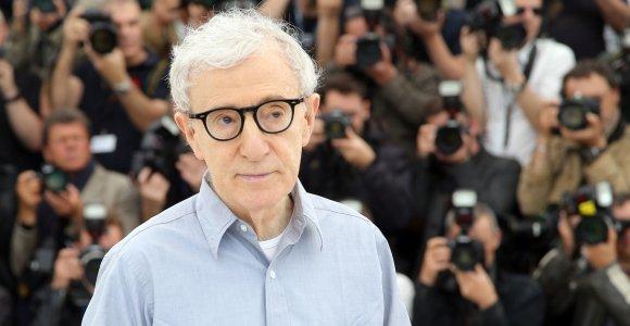 Prieštaringai vertinami Woody Alleno memuarai bus išleisti prancūzų kalba