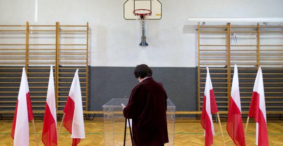 Kas Lenkijos prezidento rinkimuose mes iššūkį Andrzejui Dudai?