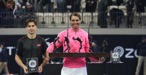 R.Nadalio ir D.Ferrero dvikova pažymėjo naujos Rafos akademijos atidarymą Artimuosiuose Rytuose