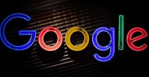 """JAV pareiškė """"Google"""" didžiausią pastaraisiais dešimtmečiais antimonopolinį ieškinį"""