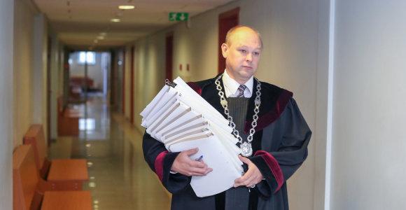 Neblaivus vairavęs teisėjas M.Striaukas: atleidimas neturėtų būti paremtas emocijomis ar kerštu