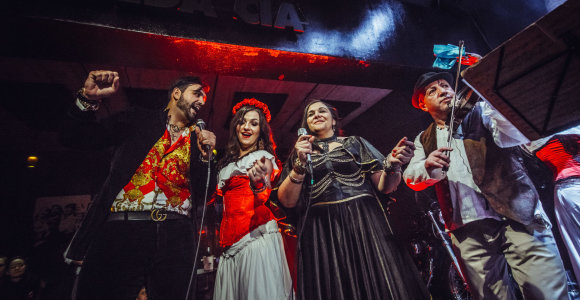 Balkaniška fiesta sudrebino Vilnių
