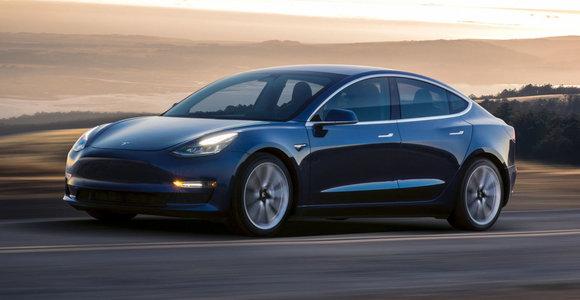 """""""Tesla"""" paskelbė savo finansinius 3-iojo ketvirčio rezultatus – užfiksuotas rekordinis pelnas"""