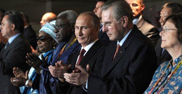 TOK prezidentas Jacques'as Rogge: prieš gėjus nukreipti įstatymai neturi paveikti Sočio olimpiados