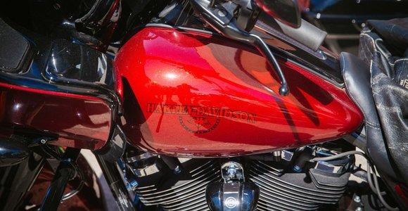 """Trumpas vėl sukritikavo """"Harley-Davidson"""" planus iškelti iš JAV dalį gamybos"""