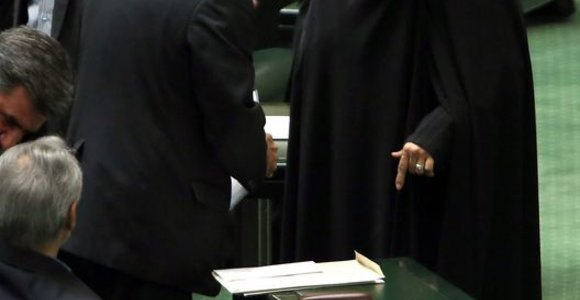 Iranas pirmą kartą ambasadoriaus postą atiduos moteriai